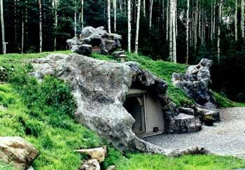 dom pod zemou